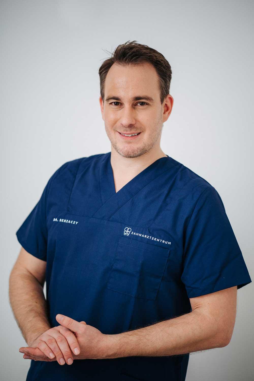 Dr. Berzaczy, Porträtfoto